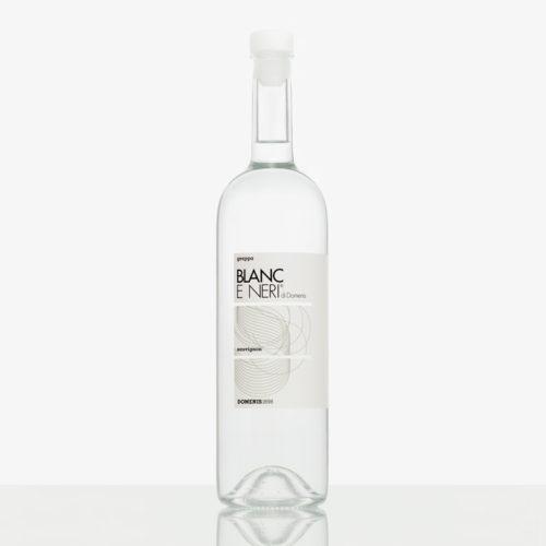 """Grappa """"Blanc e Neri"""" von SAUVIGNON"""
