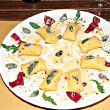Kürbis-Gnocchi mit Salbeibutter